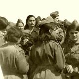Молодежь Латакии на крейсере (фото С.Кочнева)