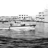 Катер провожает отряд кораблей из порта Касабланки (Фото В. Зинченко)